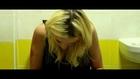Lily Loveless - Hit and Run Legendado