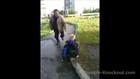 Un handicapé mental harcelé prend sa revanche sur ses jeunes bourreaux!